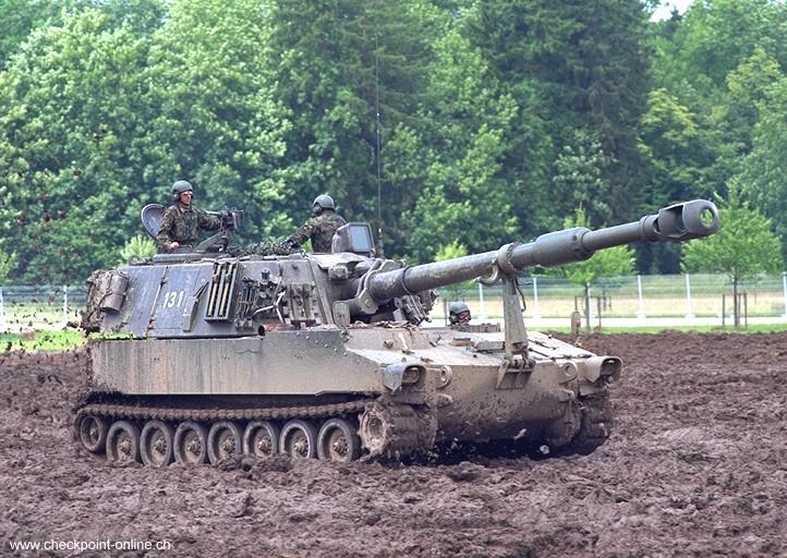 voir le sujet char d 39 assaut sans tourelle. Black Bedroom Furniture Sets. Home Design Ideas